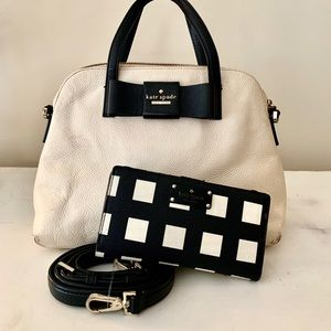Kate Spade Bag w/ Wallet -includes shoulder strap